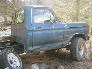 1973 F250 parts truck A
